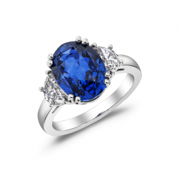 Natural Blue Sapphire 5.62 carats set in Platinum Ring with 0.72 carats Diamonds / GIA Report