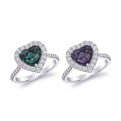 Natural Alexandrite 3.13 carats set in Platinum Ring with 0.48 carats Diamonds / GIA Report