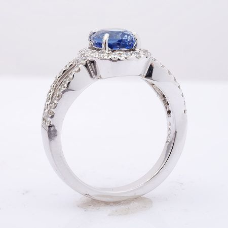 Natural Blue Sapphire 2.27 carats set in 14K White Gold Ring with 0.70 carats Diamonds / AIGS Report & video