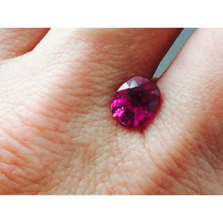 Natural Heated Ruby purplish red oval shape 2.27 carats with GIA Report