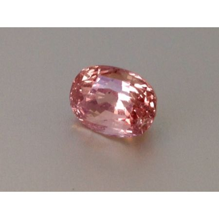Natural Heated Padparadscha Sapphire pink-orange color oval shape 3.08 carats with GIA Report