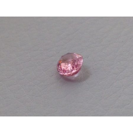 Padparadscha Sapphire 0.92 cts GRS Certified - sod