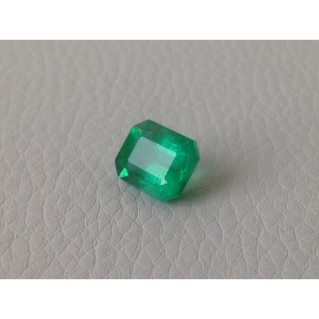 Natural Emerald octagonal shape 3.29 carats